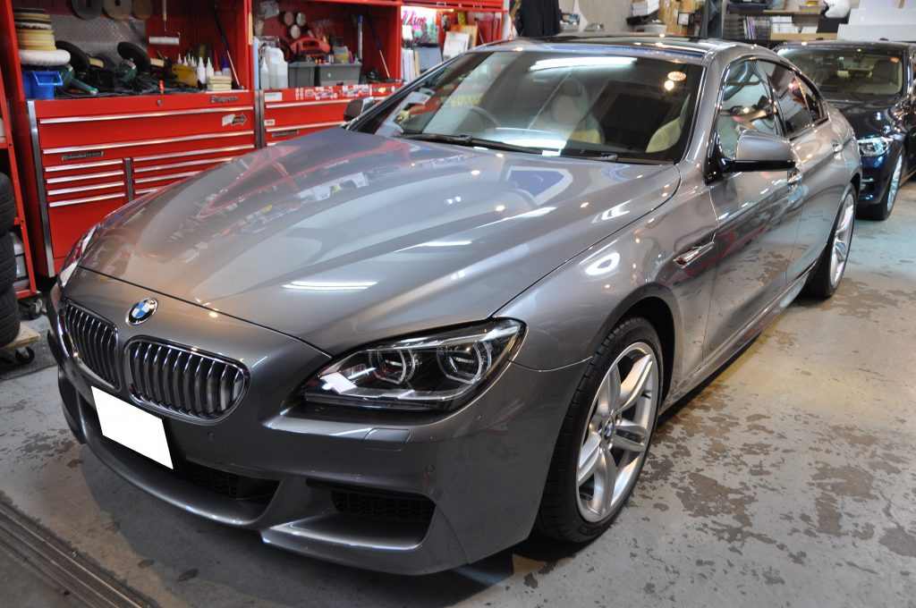 BMW ①